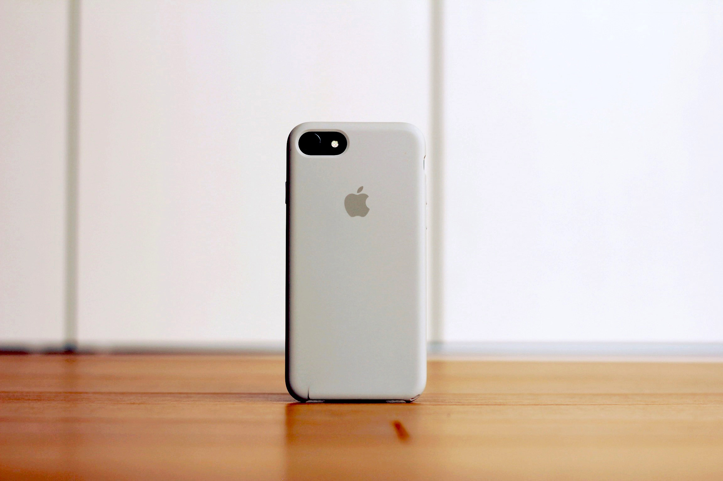 iPhone7ストーンケース