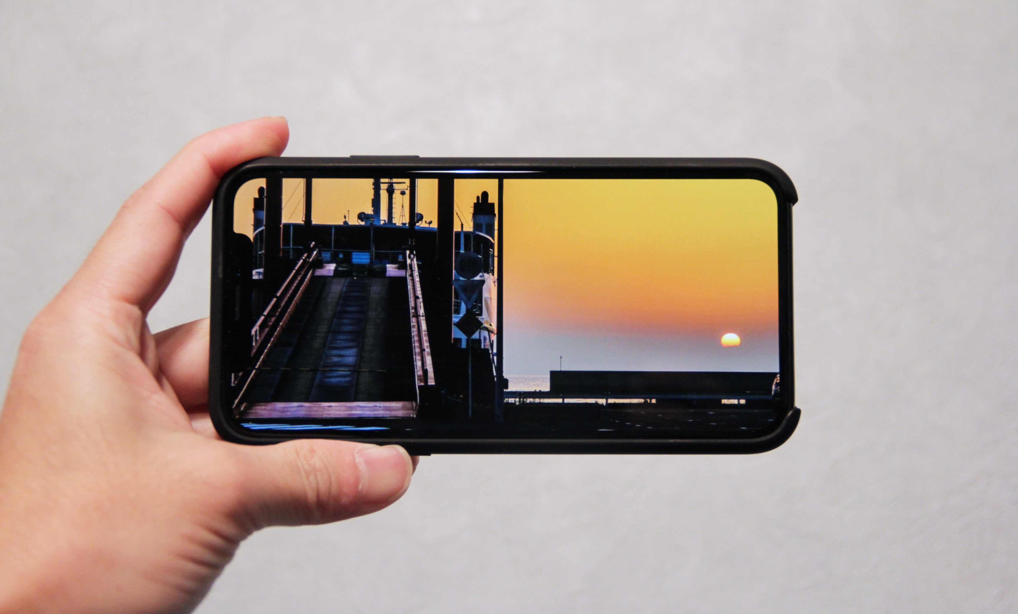 iPhoneXディスプレイインプレッションの画像