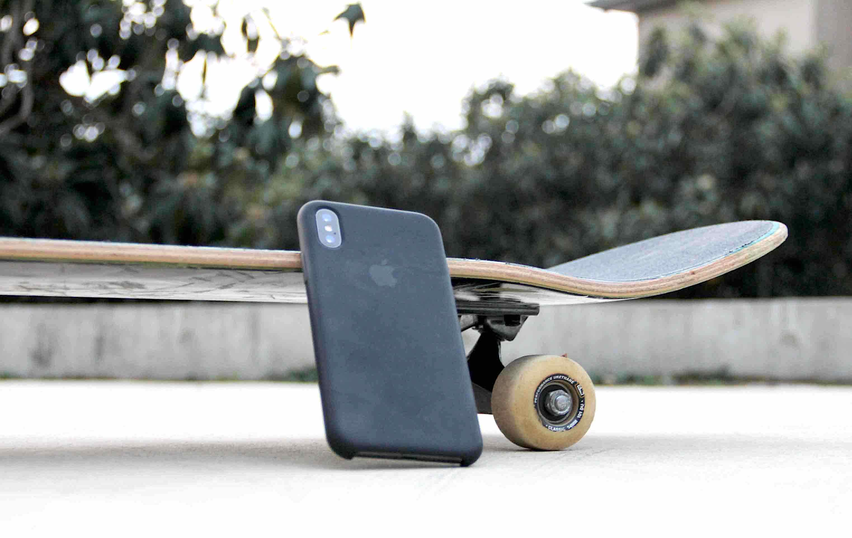 iPhoneXApple純正シリコンケース外で使える写真