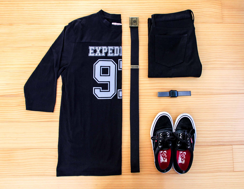 スケボーファッションコーデ|オールブラックの写真