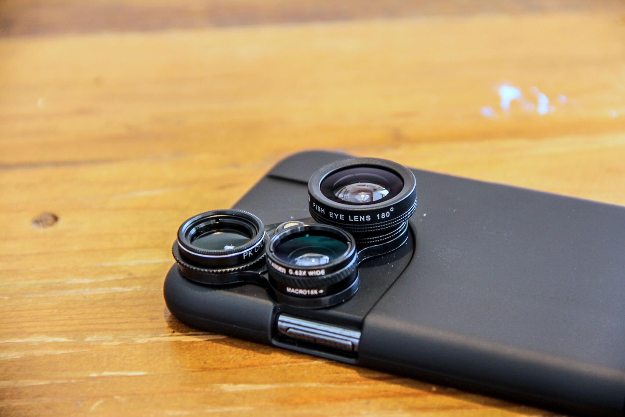 iPhone Xケースのカメラとスリープ部分
