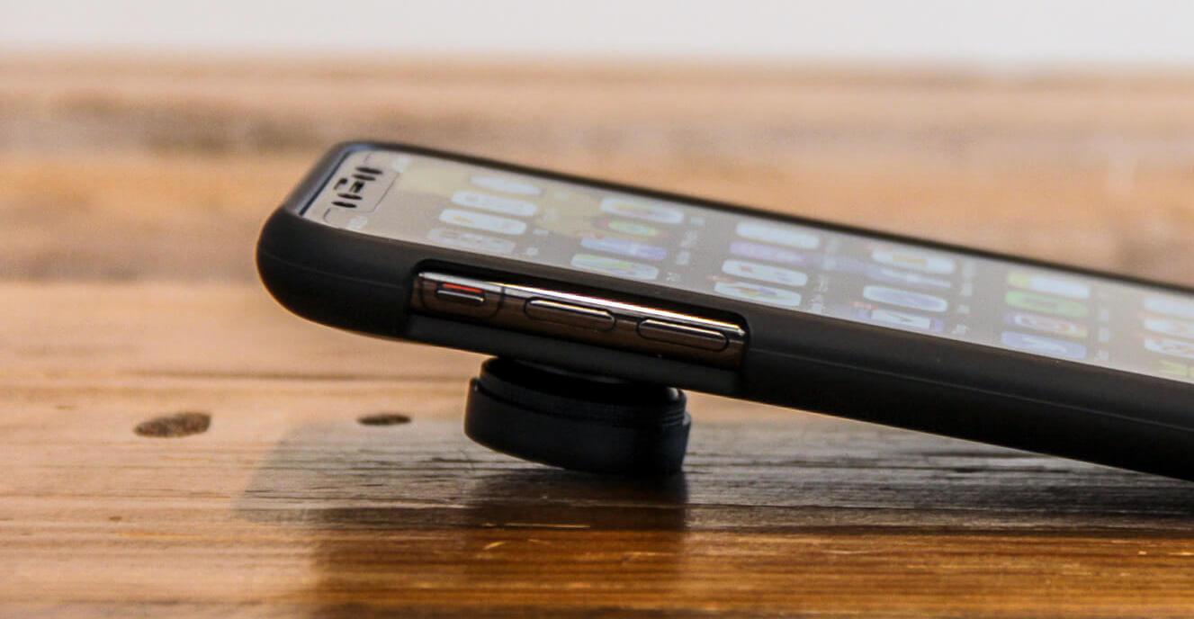 iPhone Xケースのサイレントボタンと音量ボタン 2