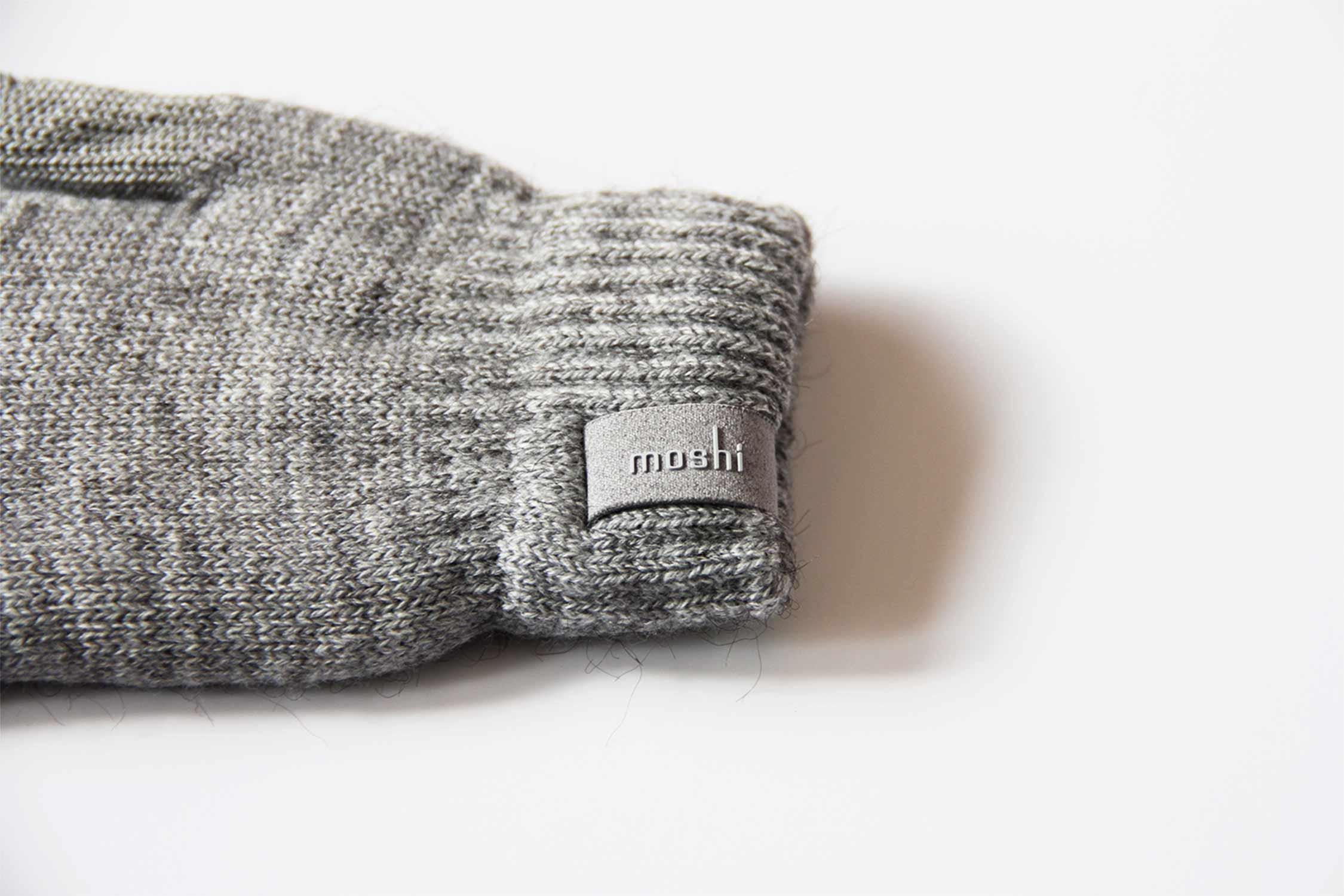スマホ 手袋 moshi ロゴ