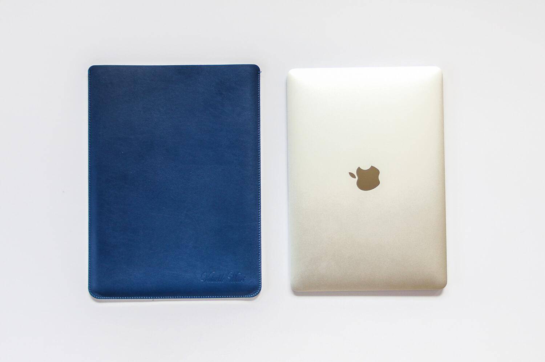 V.M MacBook スリーブケースのデザイン