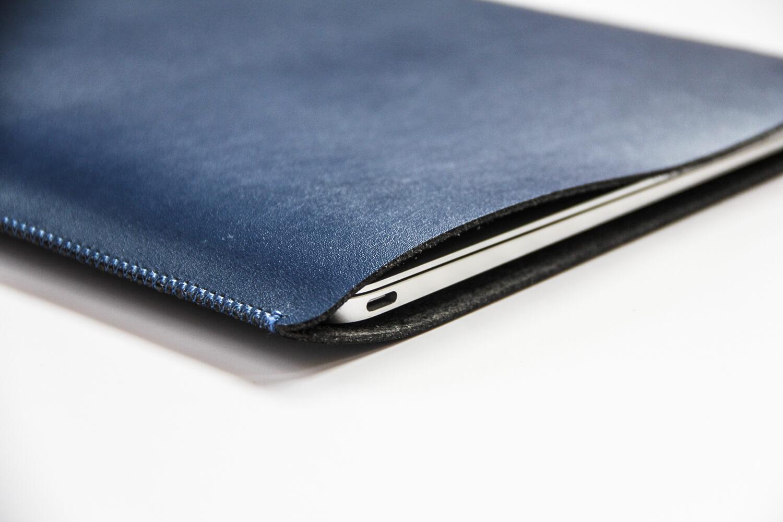 V.M MacBook スリーブケース 開口部分