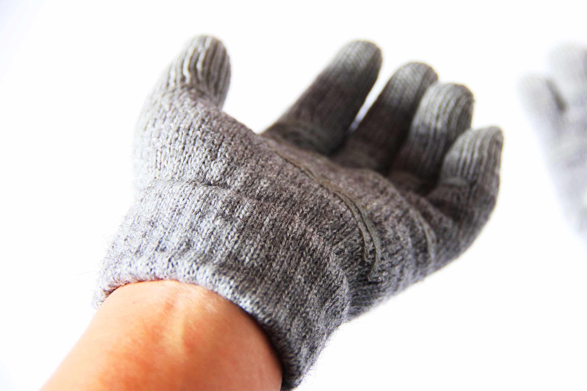 スマホ 手袋 装着 写真
