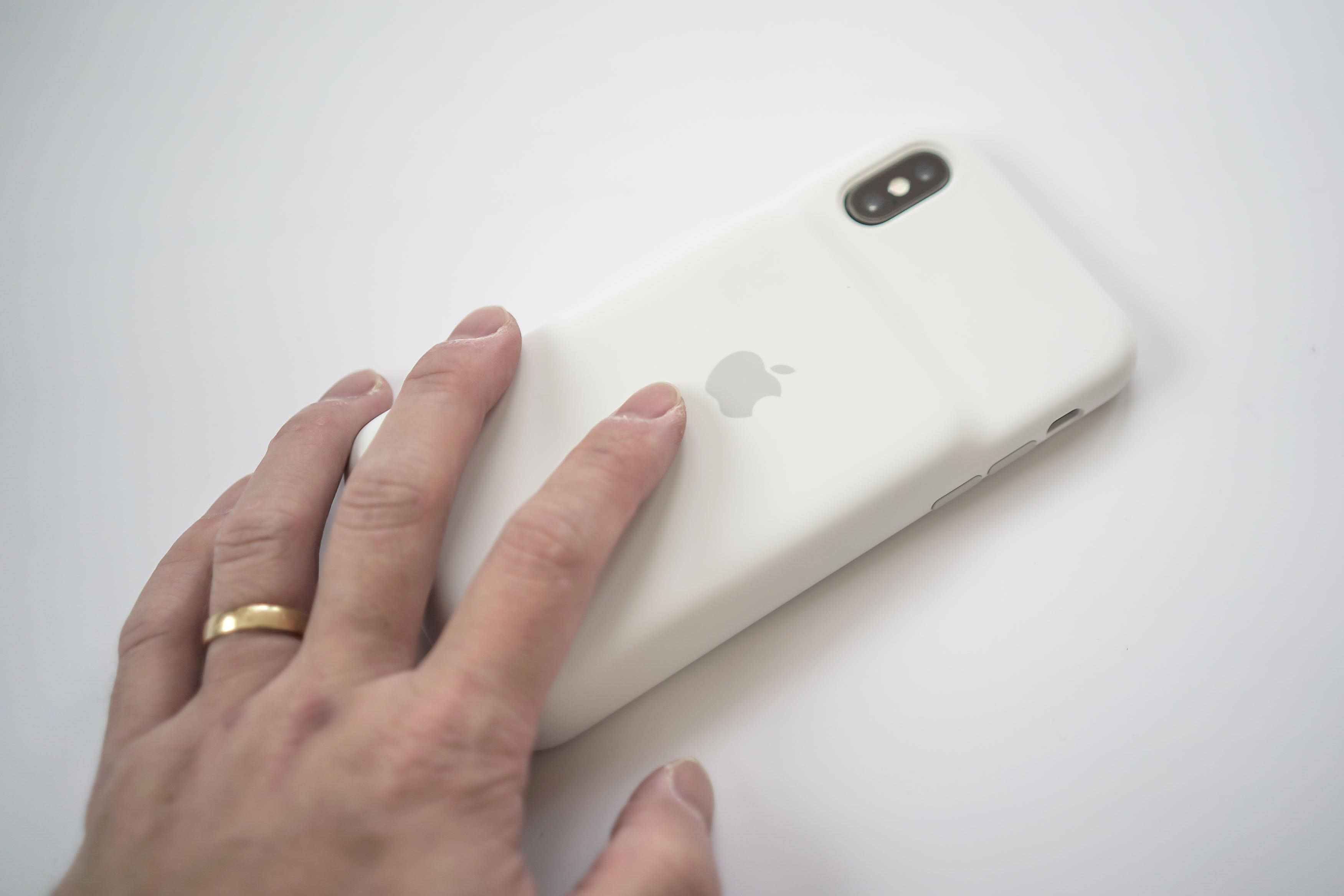 iPhone XS Smart Battery Case 4