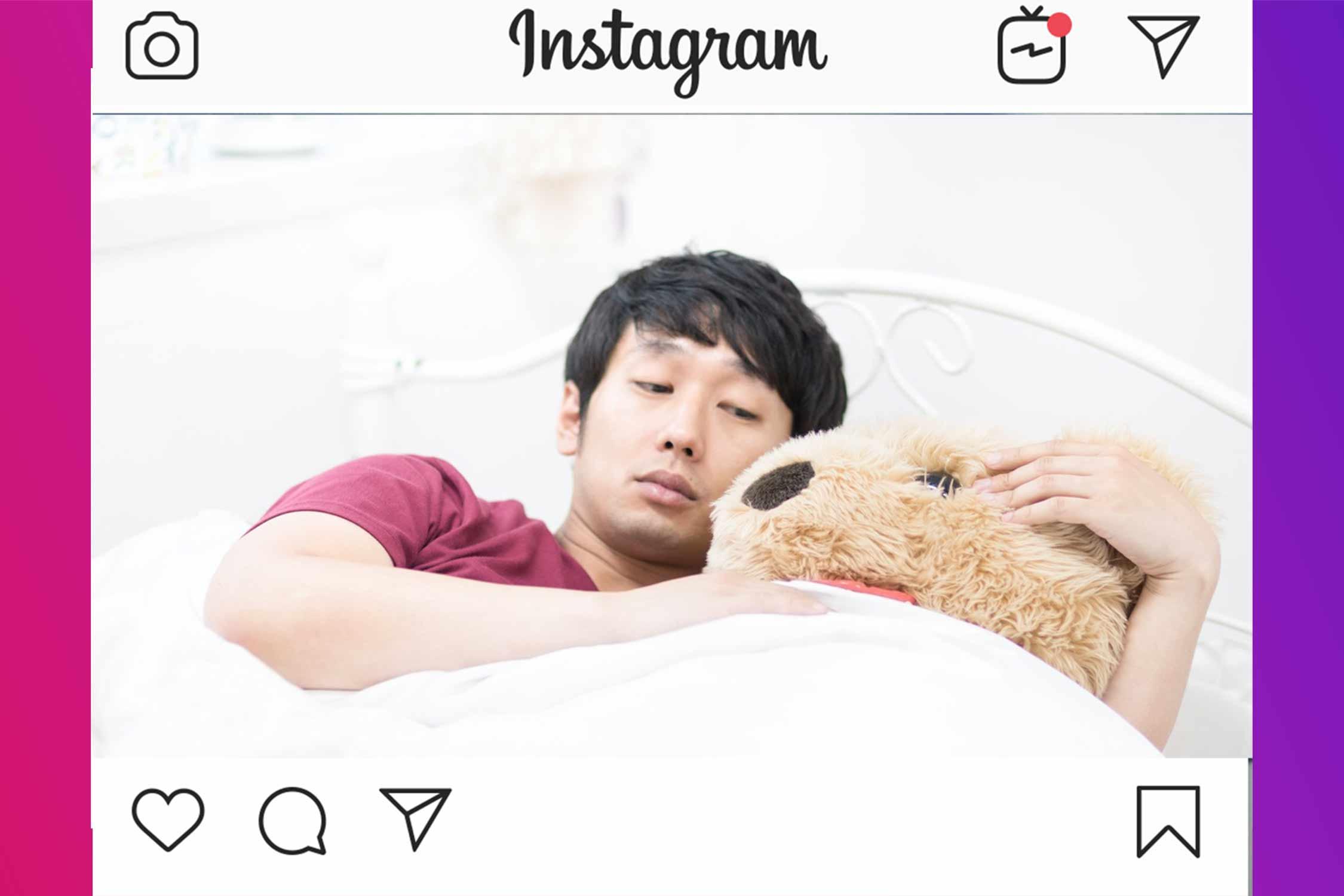 子供と添い寝している人 イメージ