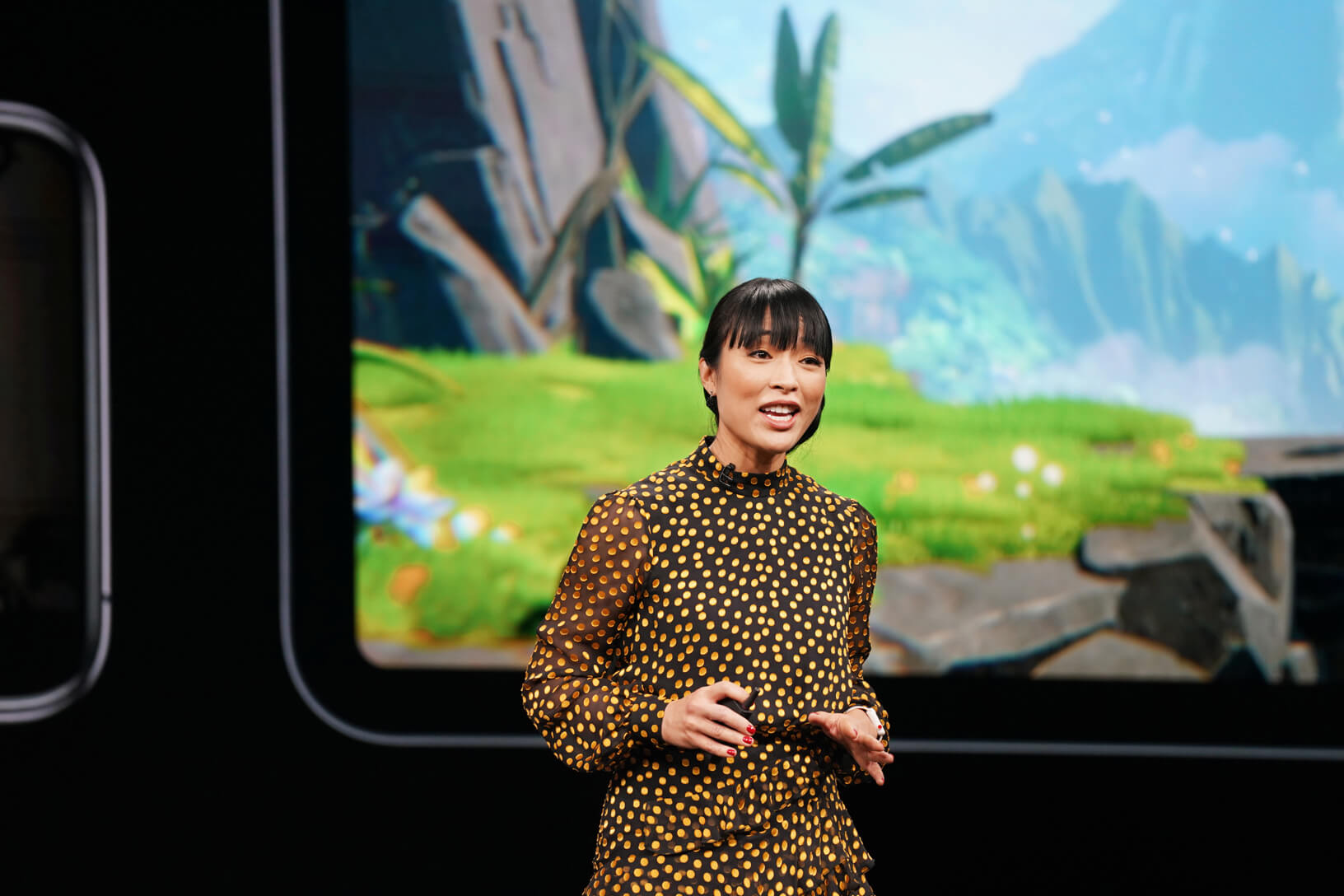 Apples-keynote-event_Ann_Thai_unveils_apple_arcade-03252019