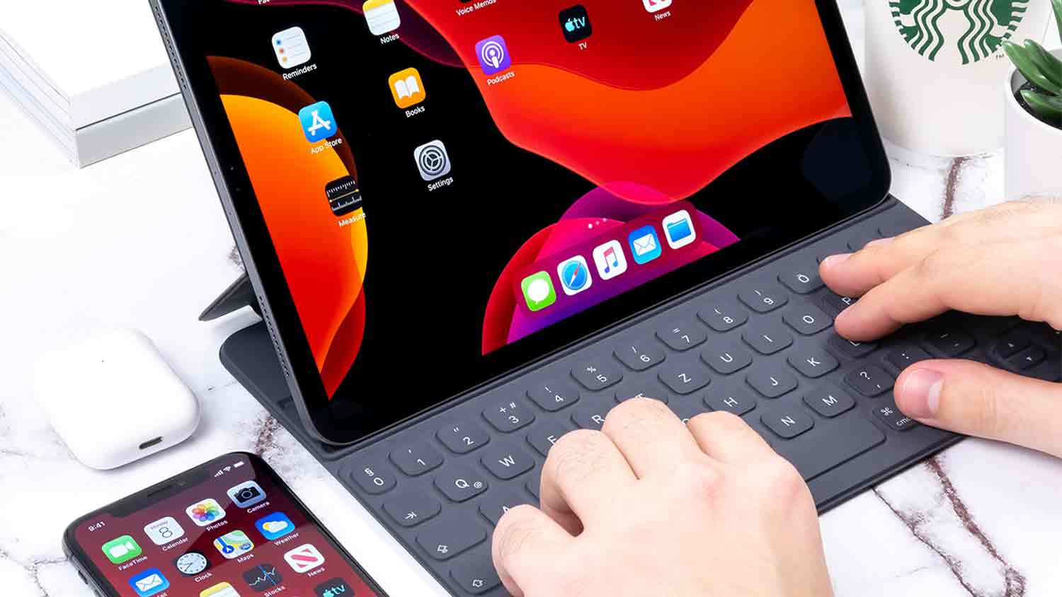 ipad-pro-keyboard-case-10l